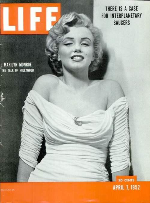 La copertina di Life Magazine del 7/4/52 con Marilyn Monroe