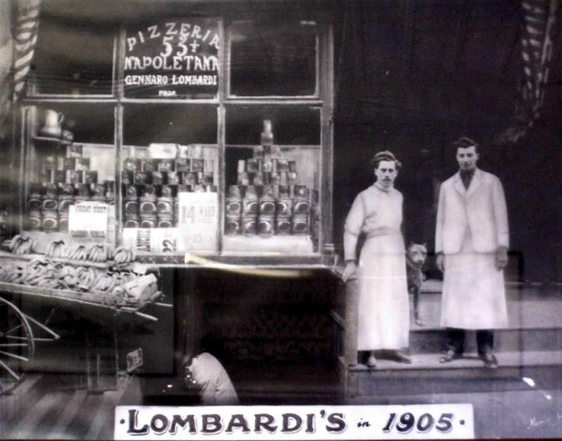 La Pizzeria Lombardi, a Little Italy, nel 1905