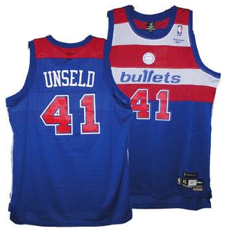 La maglia dei Washington Bullets di Wes Unseld