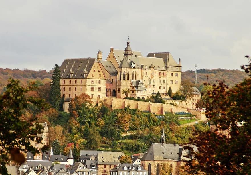 Il castello di Marburgo in Germania