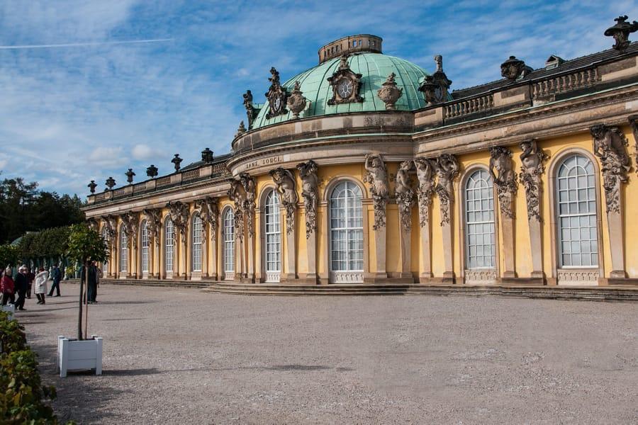 La reggia di Sanssouci a Potsdam, in Germania