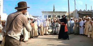 Indiana Jones, ovvero la pistola contro la spada in una delle morti più divertenti della storia del cinema