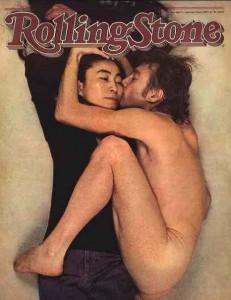 La copertina di Rolling Stone di Annie Leibovitz con John Lennon e Yoko Ono