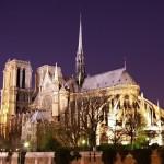 La Cattedrale di Notre Dame a Parigi, forse la più famosa tra le cattedrali gotiche europee (foto di Atoma via Wikimedia Commons)