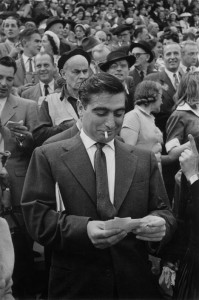 Robert Capa all'Ippodromo di Longchamp di Parigi