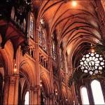L'interno della Cattedrale di Chartres