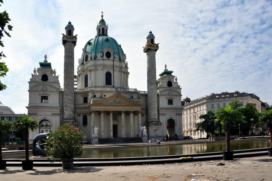La Karlskirche a Vienna