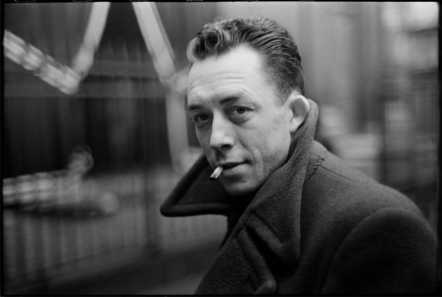 Albert Camus ritratto da Henri Cartier-Bresson