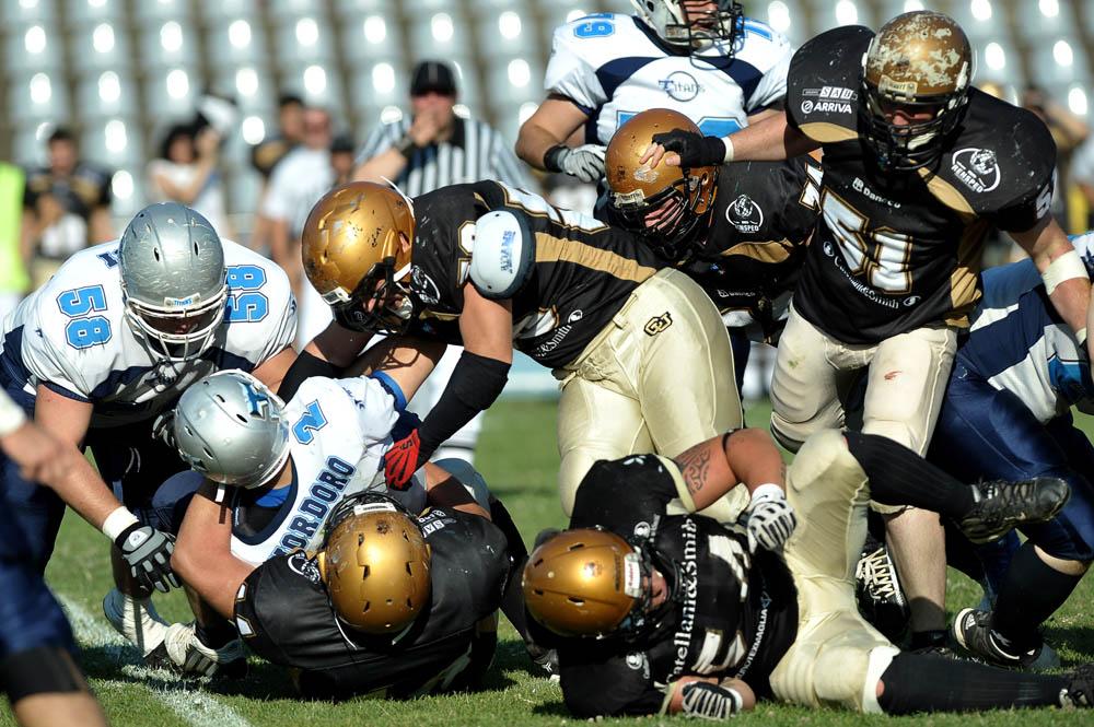 ,,,non solo calcio  - Pagina 2 Lionsitalianbowl