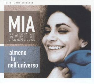 La straordinaria Mia Martini, interprete di una delle più belle canzoni d'amore per lui, Almeno tu nell'universo