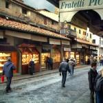 "Ponte Vecchio visto ""da dentro"""