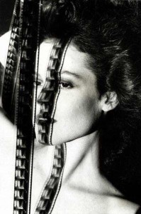 Sigourney Weaver vista da Helmut Newton
