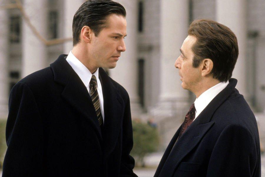 Keanu Reeves e Al Pacino in L'avvocato del diavolo