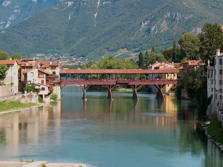 Il famoso ponte di Bassano del Grappa