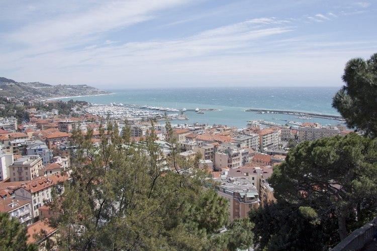 La bella Sanremo che si affaccia sul Mar Ligure
