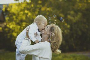 Una mamma e il suo bambino