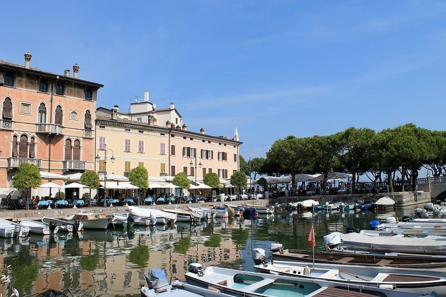 Un bello scorcio di Desenzano sul Garda
