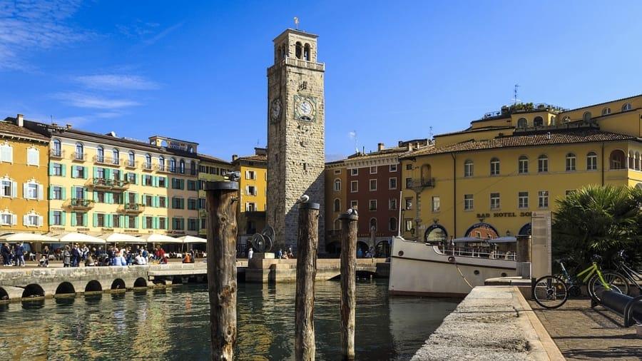 Un bello scorcio su Riva del Garda e il Lago di Garda