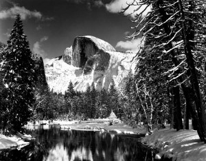 Half Dome, Merced River, Winter di Ansel Adams