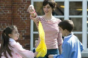 Rubabandiera, uno dei più famosi giochi per bambini all'aperto