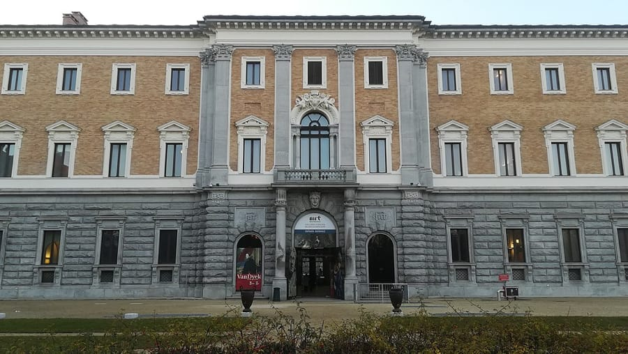 L'entrata della Galleria Sabauda (foto di Hairless Heart via Wikimedia Commons)