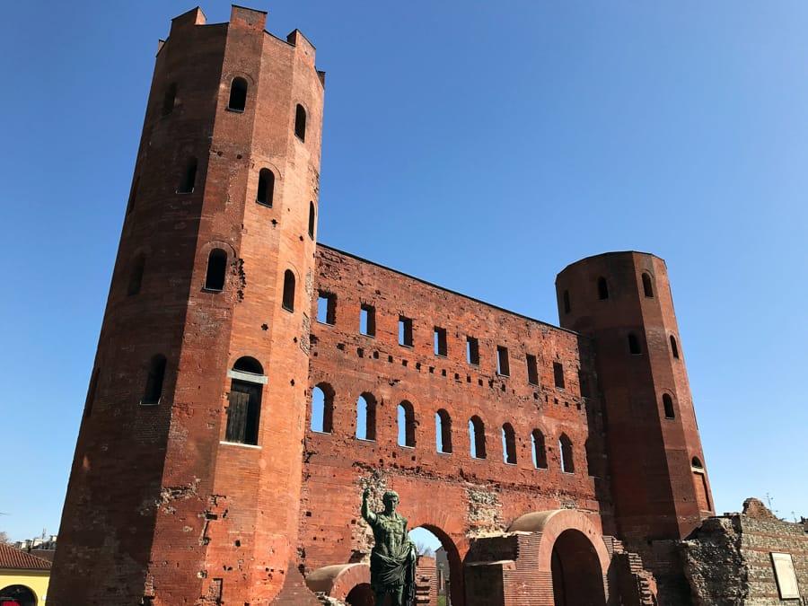 La Porta Palatina a Torino