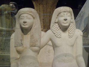 I suggestivi interni del Museo Egizio, uno dei luoghi da visitare a Torino