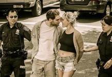 Altre cinque famose foto di innamorati che si baciano