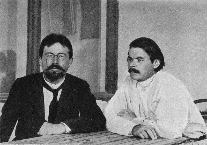 Anton Čechov (a sinistra) con Maksim Gor'kij