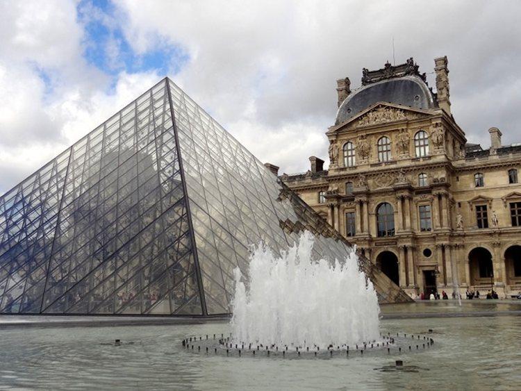 Cosa vedere al Louvre, il principale museo di Parigi