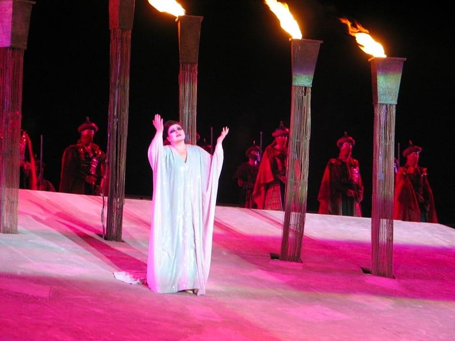 Una rappresentazione del Nabucco in Israele (foto di Hanay via Wikimedia Commons)