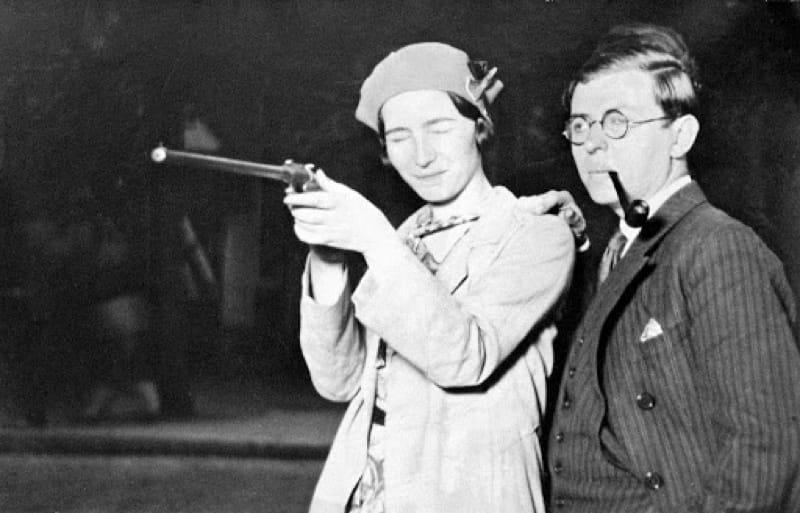 Jean-Paul Sartre con Simone de Beauvoir nel 1929