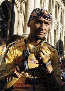 Marco Pantani nel 1997 (foto di Aldo Bolzan via Wikimedia Commons)