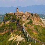 La suggestiva Civita di Bagnoregio, in provincia di Viterbo