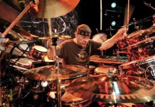 Neil Peart dei Rush, uno dei più grandi batteristi della storia del rock