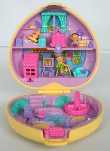 La casa in miniatura delle Polly Pocket