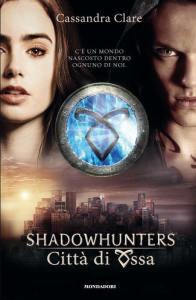 Una delle copertine italiane della saga di Shadowhunters
