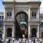 L'ingresso di Galleria Vittorio Emanuele II (foto di Jakub Hałun via Wikimedia Commons)