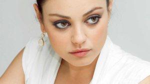 Gli occhi di Mila Kunis