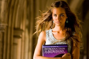 Isabel Lucas in Transformers - La vendetta del caduto