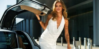 Rosie Huntington-Whiteley in Transformers 3