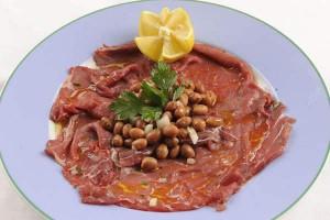 La carne salada con fasoi tipica del Trentino-Alto Adige