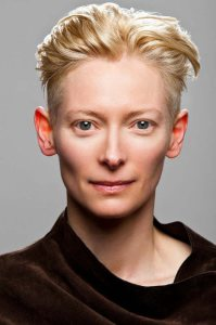 Tilda Swinton, uno dei visi androgini più noti del cinema e della moda