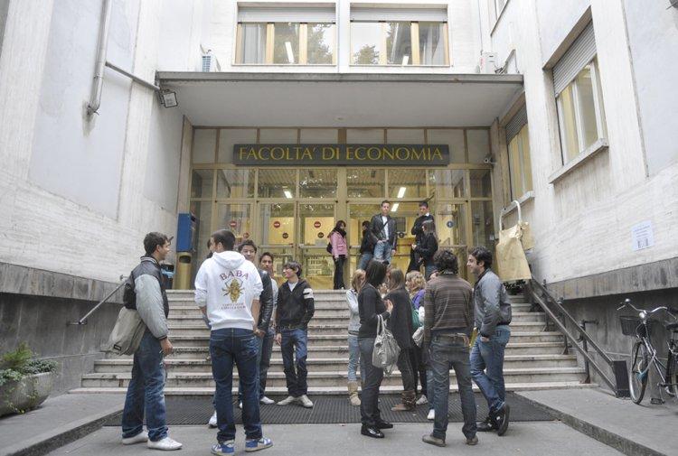 Le migliori università per studiare economia