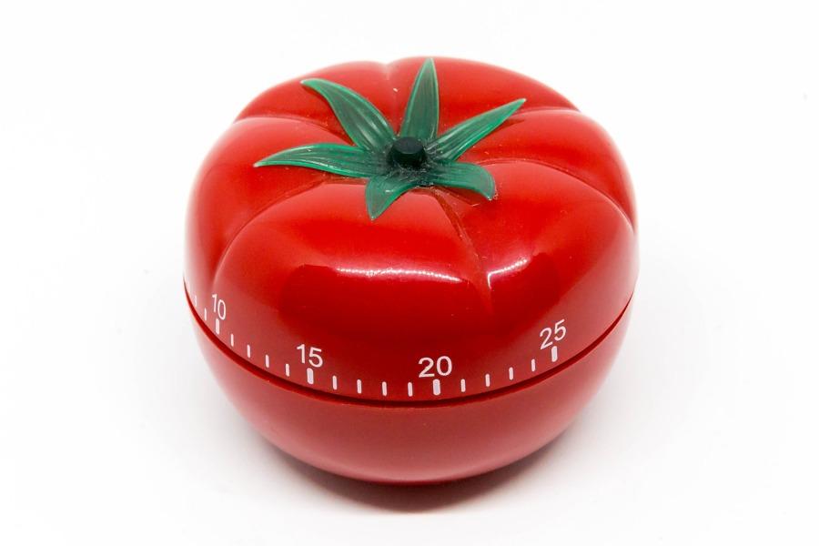 Un timer perfetto per la tecnica del pomodoro (foto di Marco Verch via Flickr)