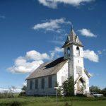 Una chiesa abbandonata in North Dakota