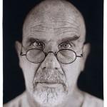 Un recente autoritratto di Chuck Close
