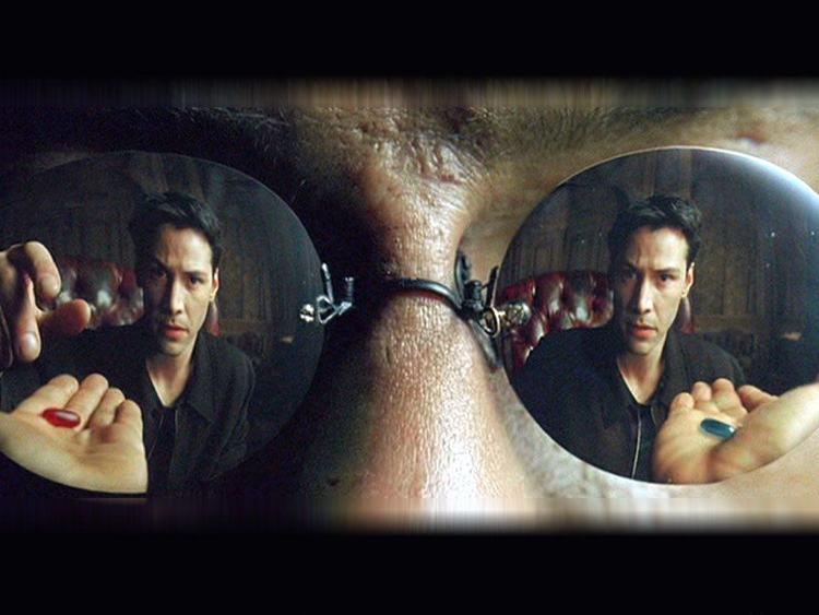 Una delle scene più famose di Matrix, il film filosofico per eccellenza