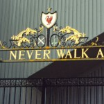 "La celebre cancellata di Anfield con il motto ""You'll never walk alone"""
