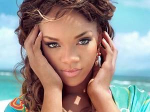 Rihanna e le altre belle ragazze di colore della musica pop